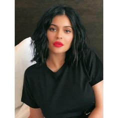 10 Wavy Bob with 6 Deep Parting Glueless Lace Front Human Hair Wig 569635052868044895 Kylie Jenner Short Hair, Look Kylie Jenner, Kylie Jenner Hairstyles, Kylie Jenner Haircut, Short Black Hairstyles, Weave Hairstyles, Short Hair Cuts, Longbob Hair, Estilo Jenner
