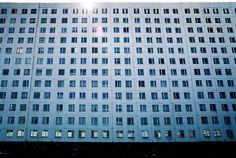 block of flats, Wrocław (PL), Gaj. late 80's (foto Leszek Golubiński via flickr)