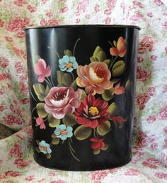 Lovely Hand Painted Roses Vintage Trash Can Black One Stroke Painting, Tole Painting, Fabric Painting, Vintage Tins, Unique Vintage, Painted Trash Cans, Painted Roses, Hand Painted, Flower Fairies