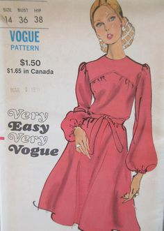 Vintage Vogue 7960 Sewing Pattern 1970s Dress Pattern Bust