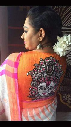 Modern Blouse Designs, New Saree Blouse Designs, Blouse Patterns, Blouse Styles, Saree Painting, Fabric Painting, Fabric Art, Cotton Saree Blouse, Saree Dress