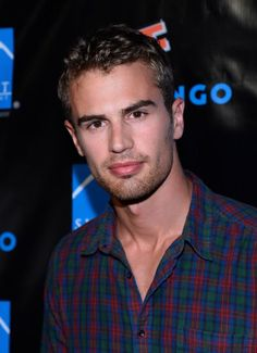 Theo James was born on December 16, 1984 in Oxford, Oxfordshire, England as Theo Taptiklis. He is an actor, known for Divergent (2014), Underworld: Awakening (2012) and The Inbetweeners Movie (2011).    Trained at the Bristol Old Vic Theatre School.   His paternal grandfather was Greek. The rest of his ancestry is English and Scottish.   He was born to Philip J. Taptiklis and Jane I. (Martin). Theo's paternal grandfather, Nicholas Theodore Taptiklis, was Greek.