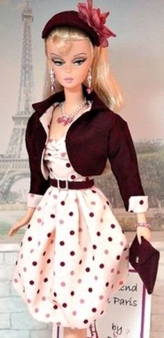 This Barbie is so cute!! Love the outfit and her face is adorable.