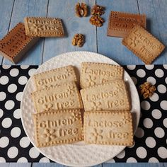 Betti gluténmentes konyhája: Diós keksz és diós-vaníliás karika