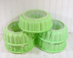 Vintage Sea Foam Green TupperWare Large Jel-N-Serve Mold - Retro Mint Jadeite Plastic 3 Pieces - 4 Sets Available TupperSeals Complete Bundt $11.00