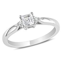 I lost a diamond out of my promise ring :( ...so now I'm looking for a new promise ring that can be my Valentines present :D ...this is a possibility...