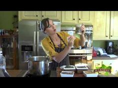 ▶ Shoshanna's Kitchen - Episode 68 - Immune Boosting Infusion - YouTube. Recipe included