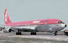 Boeing 707, Boeing Aircraft, Military Jets, Military Aircraft, Airline Logo, Best Airlines, Commercial Aircraft, Aircraft Pictures, Airplanes