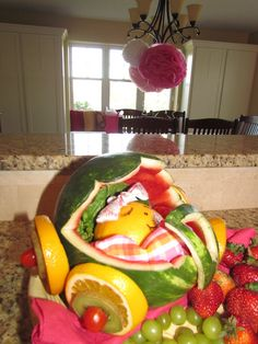 Fruits basket babyshower and baby showers on pinterest for Baby tray decoration