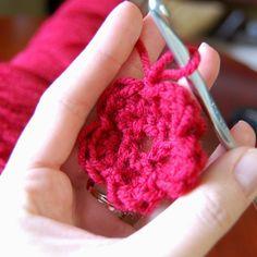 crocheted flower « Scarlet Lillies