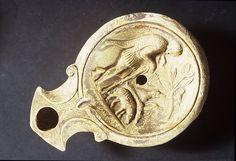 Oil lamp Roman   1st century AD