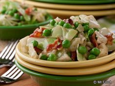 Buttery Cabbage - In a lg pot, cook 1/4 lb bacon on med-high until crisp. Remove from pot, cool, crumble & set aside. Add 1 med head cabbage, coarsely chopped, 1/2 c chopped onion, 1/2 c frozen peas, 1/4 c butter, 1 tsp salt & 1/4 tsp black pepper to the pot. Reduce heat to low, cover & cook 20-25 min until cabbage is tender, stirring frequently. Sprinkle w crumbled bacon, toss & serve.