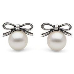 Freshwater Pearl with Bow Stud Earrings