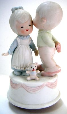 Vintage Boy and Girl Porcelain Musical Figurine. Plays by QVintage Vintage Boys, Vintage Music, Trinket Boxes, Boy Or Girl, Musicals, Porcelain, Music Boxes, Precious Moments, Free Shipping