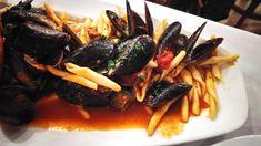 Pasta s darmi mora, pohár Pinot Grigio a určite budete mať krásny večer ...  #peknyvecer #pasta #musle #cerstve #slavky #pinotgrigio #dnesjeme #dnespijem #mnam #chutne #jedlo #food #foodporn #myfood #mojejedlo #instajedlo #instafood #ochutnaj #taste #dobrejedlo #pasta #seafood #darymora #krevery #schrimps