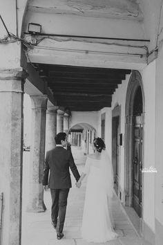 Italy Wedding, Tuscany Wedding, Poppi Castle Wedding, Villa Wedding, Destination Wedding, Toronto Wedding Photographer, Destination Wedding Photographer, Wee Three Sparrows Photography #torontophotographer #weethreesparrows #wedding #italywedding #castlewedding #poppi