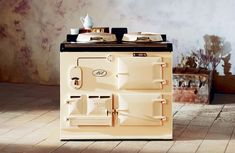 The AGA Classic 2-oven heat storage cooker in Cream.