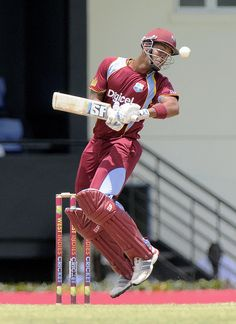 West Indies v Pakistan 5th ODI: In-form Lendl Simmons came out with a job to up the tempo of the innings. He was greeted with a barrage of short balls by the Pakistani pacers.