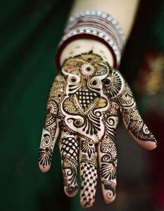 New Mehndi Designs 2013 for Girls