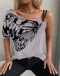 T Shirt Hacks, Chic Type, Tops For Leggings, Casual Chic Style, Cut Shirts, Butterfly Print, Mode Outfits, Casual T Shirts, Fashion 2020