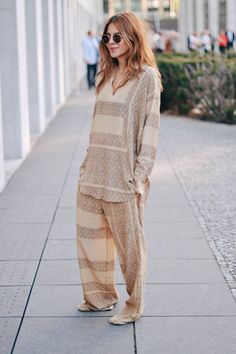 home - Maja Wyh Maja Why, Looks Style, My Style, Poses, Street Chic, Get Dressed, Street Style Women, Lounge Wear, Ideias Fashion