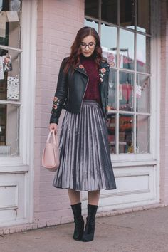 2 Stand-Out Ways to Wear a Pleated Midi Skirt This Winter