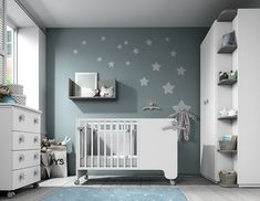 However, you should know that there are different types of cribs , and it is worth finding out a little, especially when it comes to furniture as important as the crib. Baby Boy Room Decor, Baby Room Design, Baby Boy Rooms, Baby Bedroom, Baby Cribs, Nursery Room, Kids Bedroom, Home Decor, Financial Stability