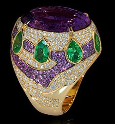 Mousson Atelier Ladya Collection Gold 750 Amethyst Ring featuring 13.90ct Amethyst, 3.95ct Tsavorite, 1.32ct Violet Sapphire and 2.17ct Diamond; 20.88g total weight