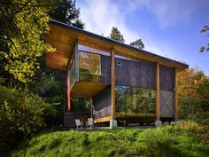 The creative spirit rises from a simple cabin | Fall Home Design | Pacific NW | The Seattle Times