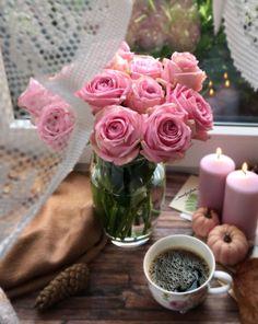 Table Decorations, Chocolate, Pink, Cottage, Gold Jewelry, Random Stuff, Minimal, Instagram, Lost