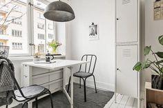 Post: La distribución de un hogar es cuestión de prioridades --> blog decoración nórdica, cocina nordica pequeña, decoración estudio, decoración femenina, decoración mini pisos, estilo nórdico escandinavo, interiores espacios pequeños, La distribución de un hogar es cuestión de prioridades