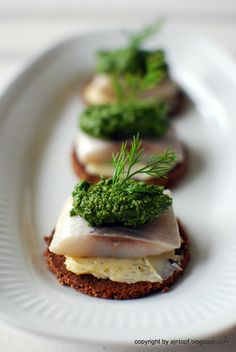 Herring with Dill Pesto and Lemon Butter