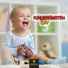 Do you remember the first time your kids entered the world of others? In this world of magic, they have learned many new things; ABC's, colours, shapes! They learned becomming a human being in a society of other human beings, being all together and that the life is worth with good friendships! #kindergartenday #friendship #learning