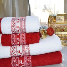 Enchante Reindeer Embellished Turkish Cotton 2-piece Towel Set - Overstock™ Shopping - Top Rated Bath Towels