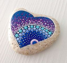 Creative diy painting rock for valentine decoration ideas 13 Dot Painting Tools, Pebble Painting, Pebble Art, Stone Painting, Diy Painting, Hippie Painting, Pebble Mosaic, Mandala Painted Rocks, Painted Rocks Kids