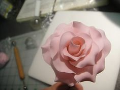 ~ Sugar Teachers ~ Cake Decorating and Sugar Art Tutorials: How to make a Long Stemmed Sugarpaste Rose