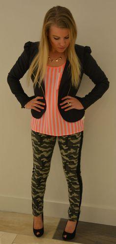 #Camo @FOREVER™ 21 love the top half :) shirt cute && blazer love!