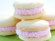 Galletitas merengadas caseras | Tarjetas Imprimibles Gooey Cookies, Cake Cookies, Cupcakes, Argentine Recipes, Donuts, Mouse Recipes, Cookie Factory, Decadent Cakes, Drinks Alcohol Recipes