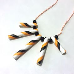 Easy Halloween Paper Straw Necklace