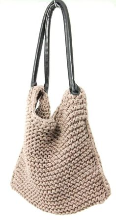Knitted bag tutorial, made with one skein of Zpagetti