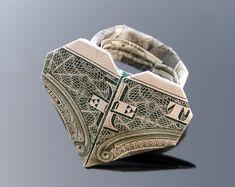 Dollar Bill Origami Heart Ring by craigfoldsfives.deviantart.com