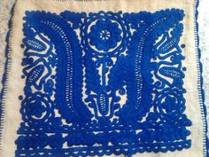 An other beautiful bright blue Transylvanian cushion. Will be available from January!