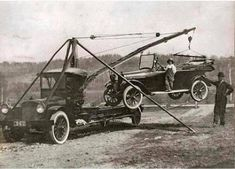Vintage Cars, Antique Cars, American Classic Cars, Heavy Truck, Baby Strollers, Trucks, Antiques, Vehicles, Baby Prams