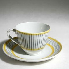 "Set of Coffee Cup&Saucer ""PIKÈ"" Stig Lindberg 1951- 65Gustavsberg SWEDEN Coffee Cups, Tea Cups, Stig Lindberg, Scandinavian Art, Pottery Art, Cup And Saucer, Sweden, Dinnerware, Food And Drink"