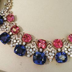 Bulgari 'La Magnifiche' necklace from the Giardini Italiani Collection. 8 sapphires cts total), 7 spinels cts total) and diamonds cts total). Sapphire Necklace, Sapphire Jewelry, Diamond Jewelry, Gold Jewelry, Jewelery, Vintage Jewelry, High Jewelry, Jewelry Stores, Diamonds And Gold