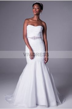 Trumpet Mermaid Strapless Sweep Brush Train Tulle Fabric Bridal Wedding Dresses With Ruched Beading Style