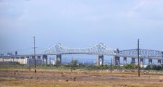 The Goethals Bridge connects Elizabeth, New Jersey to Staten Island (New York City).