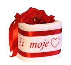 Ideálny darček na Valentína - uterákova torta s nápisom Si moje srdiečko
