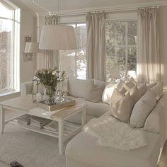 By: @karolinejohnseen _______________________________________________▫️⭐️✨⭐️▫️ _______________________________________________ #interior #interiordesigner #interiorstyling