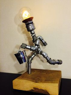 Industrial DIY - Galvanized steel pipe lamp